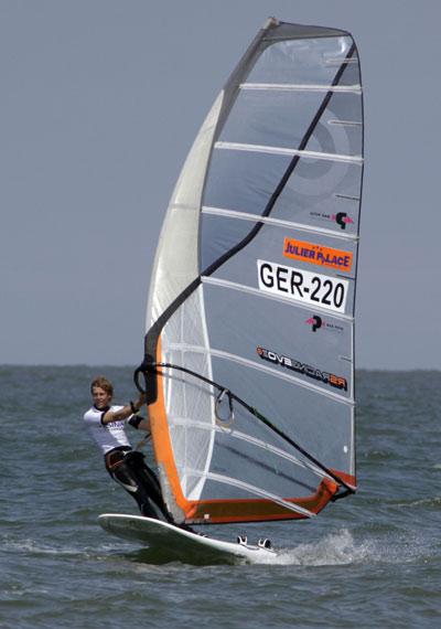 Sieger des Deutschen Windsurf Cups 2010 auf Norderney Sebastian Kördel.  Foto: Stevie Bootz