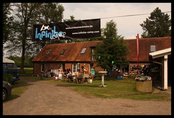 Infinite Wakeboard Camp 2010: Camp Haus.  Foto: Veranstalter