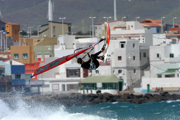 Daida Moreno in Action.  Foto: World of Windsurfing
