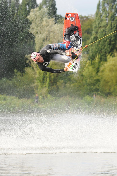 Wakeboarder Dominik Gührs in Action.  Foto: Patrick Prill