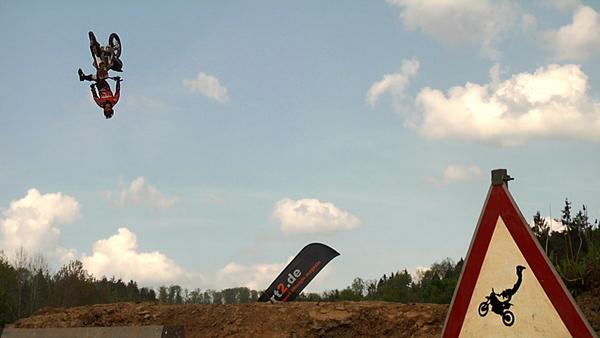 Flight Club Stopp in Muenchen Nachbericht Stopp in Hennweiler Vorbericht.  Foto: Veranstalter