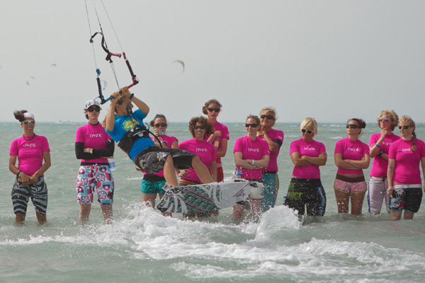 KB4girls Kitesurf Camp.  Foto: Dave Cooper