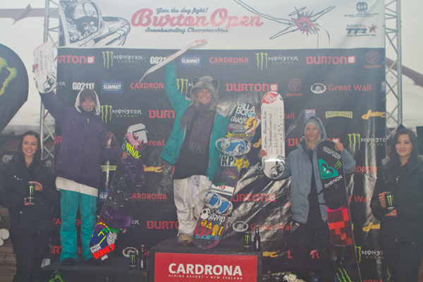 Women's Finals Podium Slopestyle Burton NZ Open.  Foto: Pablo Azocar