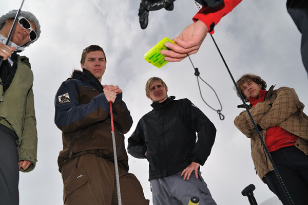 SAAC Lawinen- und Sicherheitscamps 2010 am Stubaier Gletscher.  Foto:  CHRISTOF NENDWICH 2010/ christof@zunda.at