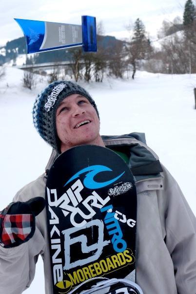 Elias Elhardt holt Titel Snowboarder des Jahres 2010