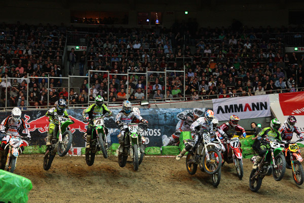 Supercross in Dortmund.  Foto: Jan Brucke
