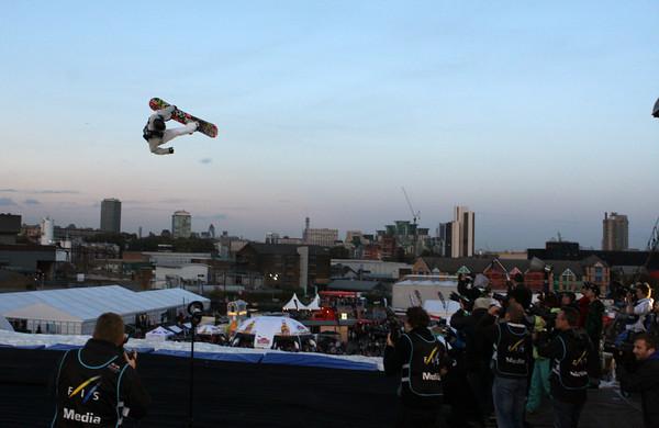 Clemens Schattschneider in Action.  Foto: FIS/Oliver Kraus