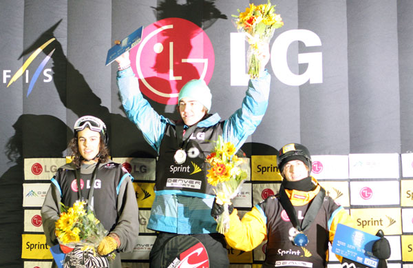 Die Winner des FIS Snowboard World Cup 2011 in Denver.  Foto: FIS/ Oliver Kraus