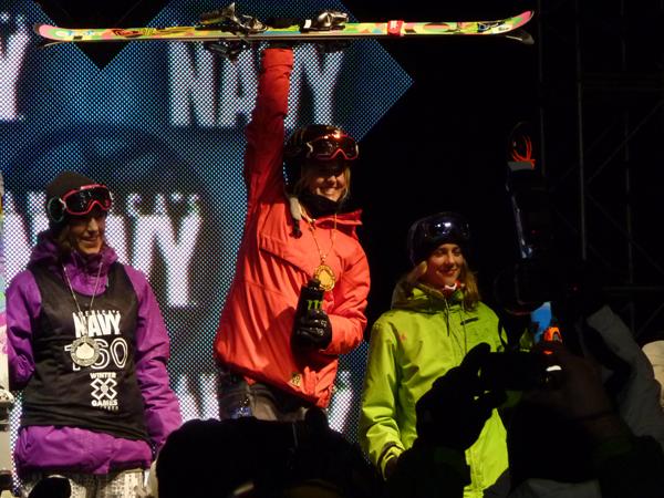 Sarah Burke gewinnt Gold in Aspen.  Foto: Roxy