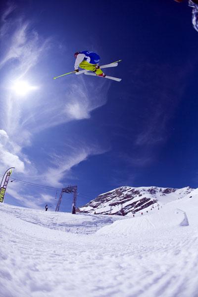Freeskier auf der Zugspitze.  Foto: Alex Schneider