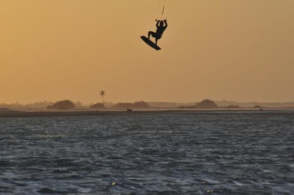 Kitesurfen in Brasilien.
