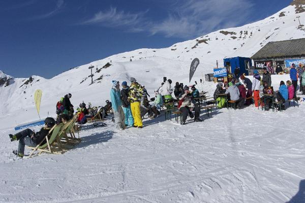 Snowballwar 2011 verwandelte im Diedamspark.  Foto: Veranstalter