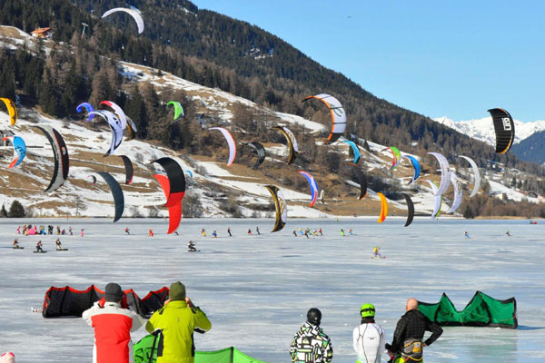 Snowkite World Championship 2011.   Foto: brandguides