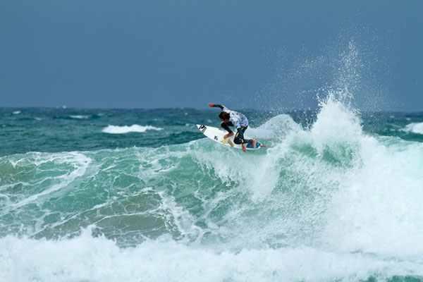 Cory Lopez bei den Cold Water Classics 2010 in Tasmanien.  Foto: Stu Gibson