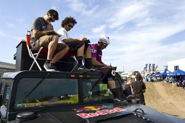 Die Jugdes: Amir Kabbani, Rob J und Tibor Simai.  Foto: Veranstalter