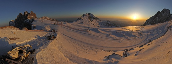 Horsefeathers Superpark am Dachstein.  Foto: Paco/QParks