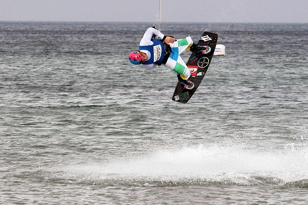 Freestyle Action bei der Kitesurf Trophy.  Foto: Brand Guides