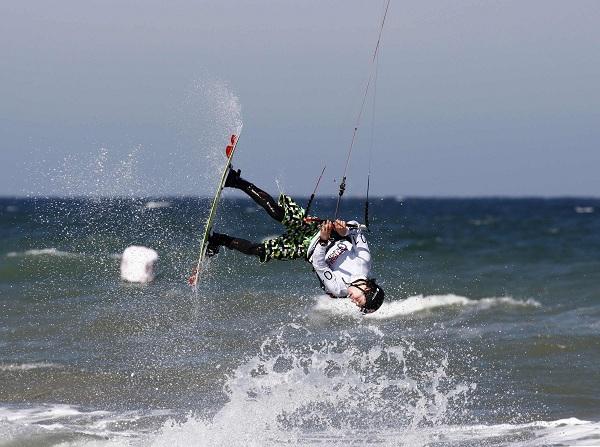 Freestyle Action bei der Kitesurf Trophy.  Foto: Brand Guides