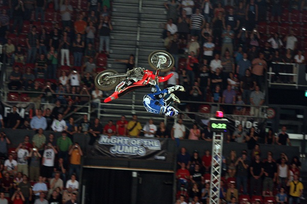 Josh Sheehan bei der Night of the Jumps 2011 in Basel.  Foto: Oliver Franke / IFMXF.com