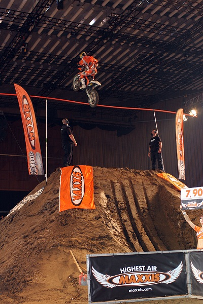 Jose Miralles bei der Night of the Jumps 2011 in Basel.  Foto: Oliver Franke / IFMXF.com