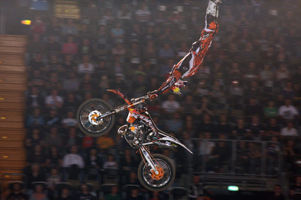 Petr Pilat in Action bei der Night of the Jumps 2011 in M�nchen.  Foto: Oliver Franke / IFMXF.com