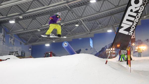 Parkzeit Snowboard Contest in der Skihalle Neuss 2011.  Foto: Veranstalter