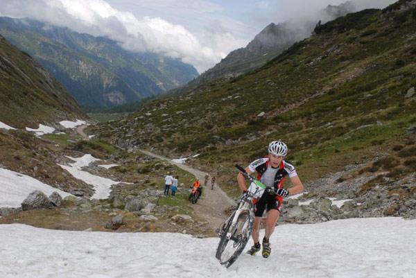 Zweite Etappe der Alpentour Trophy 2011.  Foto: Regina Stanger
