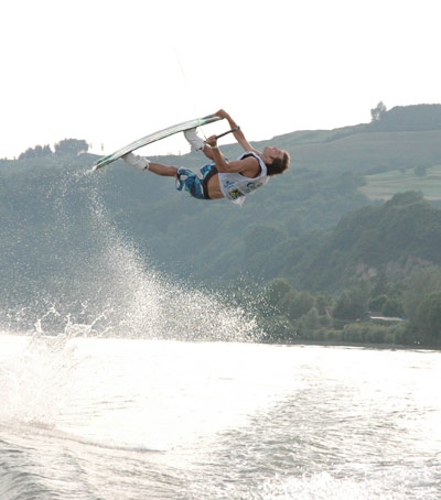 Wakeboard Cup 2011: Staatsmeisterschaft am Boot in Marbach.  Foto: Wakesharks Marbach