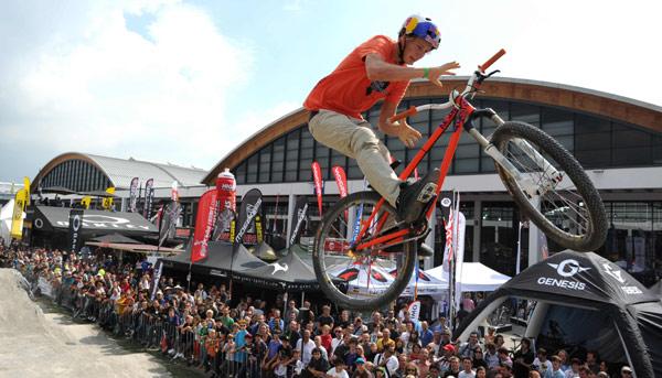 Rad-Action bei der Eurobike Foto: Messe Friedrichshafen | EUROBIKE