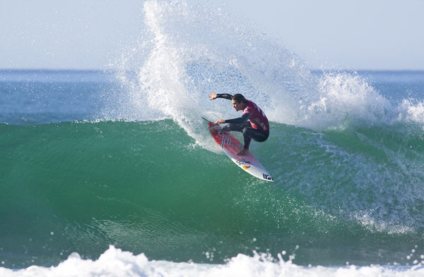 Jordy Smith in Action.  Foto: Michael Kahl