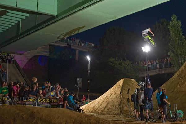 Bald gibts noch mehr Bilder von den BMX Masters 2011 in Köln.  Foto: Martin Ohliger