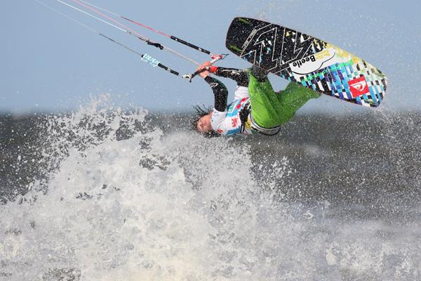 Mario Rodwald (GER) ist in top Form und will beim Beetle Kitesurf World Cup in St. Peter-Ording ganz nach vorn.  Foto: Spo, Deutschland