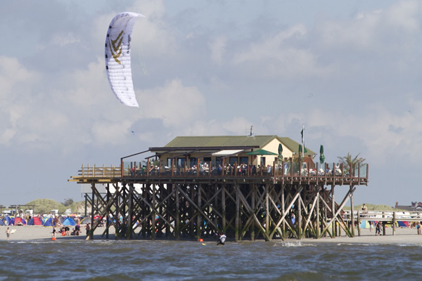 The Beetle Kitesurf World Cup Sylt St. Peter-Ording 2011 Course Racing.  Foto: Act Agency