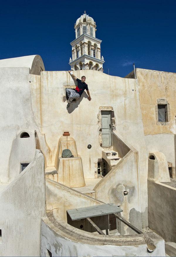 Art of Motion Griechenland Oktober 2011: Eine Insel wird überrannt!.  Fotos: redbullcontentpool.com