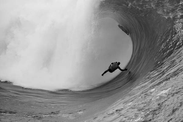Tow-In Surf Session Irland 2011.  Foto: Roo McCrudden