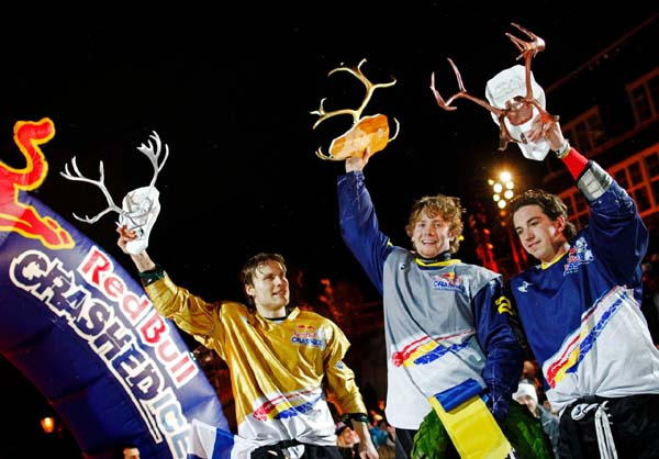 Red Bull Crashed Ice Championship Are 2012.  Foto: Daniel Grund/ Red Bull Content Pool