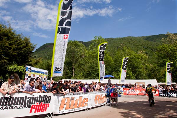 iXS Downhill Cup 2012.  Foto: Thomas Dietze