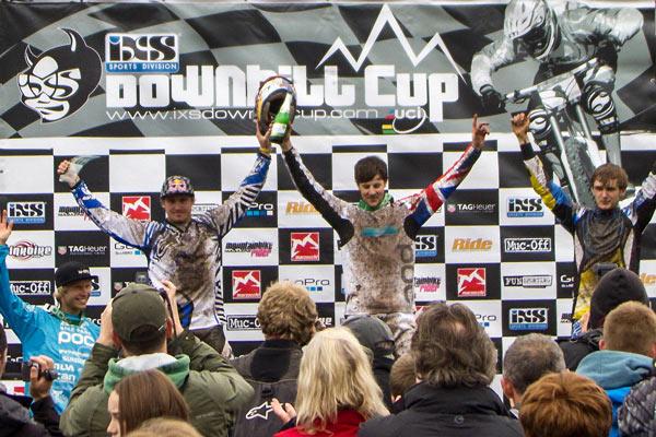 Siegerehrung Foto: IXS European Downhill Cup.