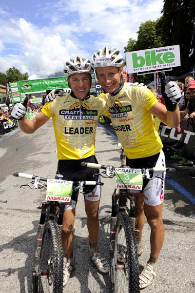 Titelverteidiger der der Craft Bike Transalp 2012: Konny Looser und Urs Huber.  Foto: Peter Musch