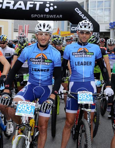 Marzio Deho und Massimo De Bertolis bei der Bike Transalp 2012.  Foto: Craft Bike Transalp/Peter Musch