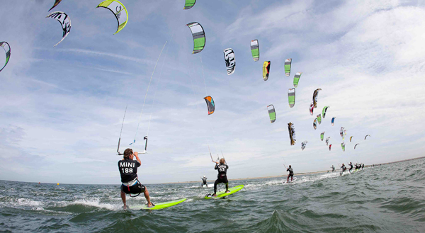 Die Racer auf dem Wasser.  Foto: reemedia