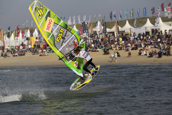 Marcio Brown beim Windsurf World Cup auf Sylt.  Foto: Philipp Szyza