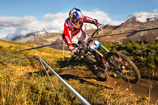 Swiss Downhill Cup Wallis.  Fotos: Thomas Dietze