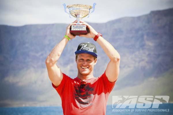 Marlon Lipke Europameister im Wellenreiten.  Foto: wavetours.com