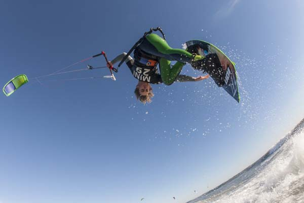 Kitesurf Tour Europe Castelldefels.  Foto: Julien Gazeau