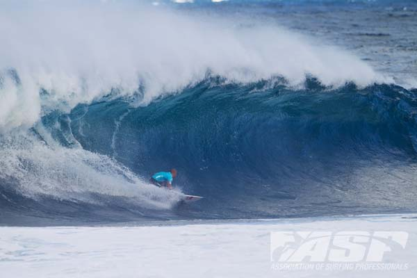 Tripple Crown of Surfing 2011: Pipe Masters.  Foto: ASP/Kirstin