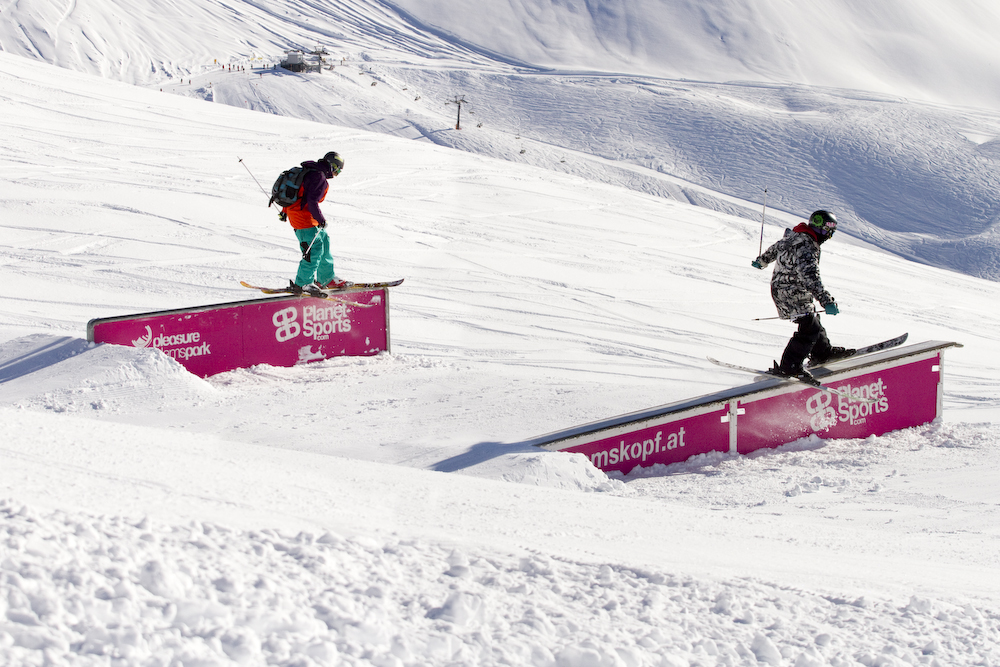 Snowballwar Pleasure Diedamspark 2012.  Foto: Sebi Madlener/QParks