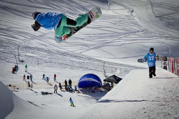 Offene Deutsche Snowboard Meisterschaft.  Foto: Red Bull Content Pool/Hans Herbig