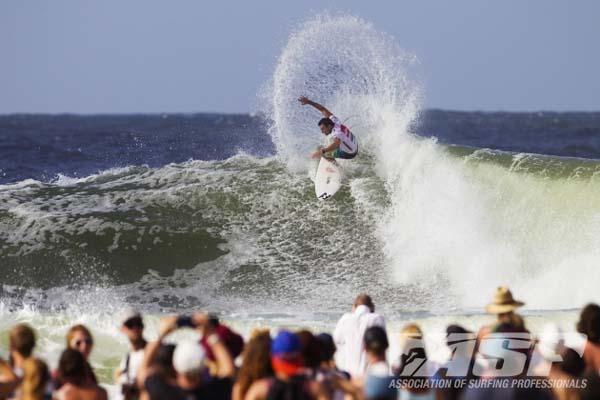 Surf-Weltmeister Joel Parkinson beim Quiksilver Gold Coast Pro.  Foto: ASP/Kirstin