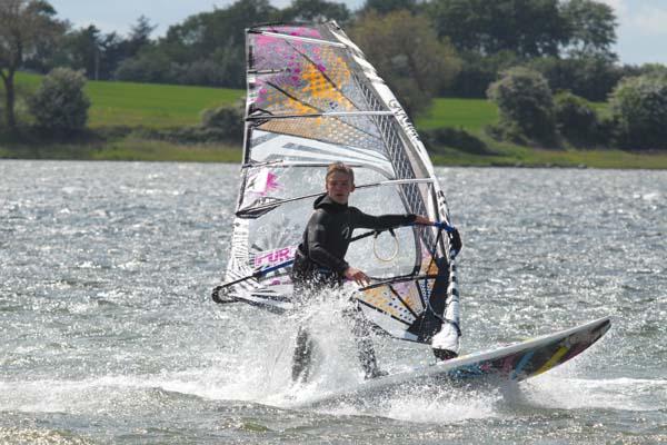 Windsurftraining beim Keiksurfer.  Foto: Veranstalter